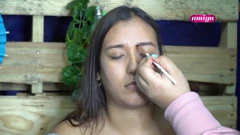Maquillaje durazno y natural para el verano