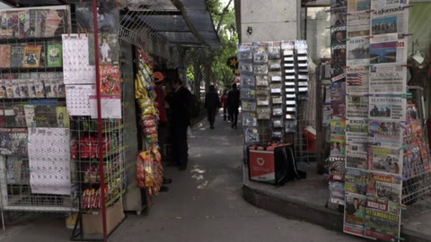 Diarios latinoamericanos apuestan por suscripciones digitales sacudidos por Internet
