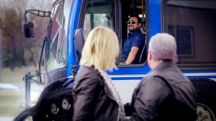 Du får ikke mer sexy kollektivtransport enn dette