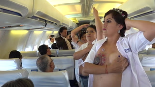 Campaña: La prevención del cáncer de mama en pleno vuelo