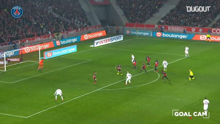 Neymar's impressive strike downs Lille OSC