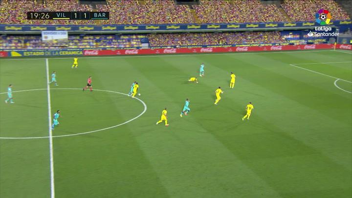 Gol de Luis Suárez (1-2) en el Villarreal 1-4 Barcelona