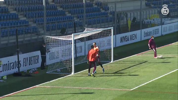 Último entrenamiento del Real Madrid antes de recibir al Atalanta