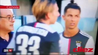 El polémico gesto de Cristiano Ronaldo a Sarri en el Juventus-Sarri