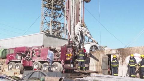 Los socorristas siguen trabajando para salvar a los mineros atrapados en China