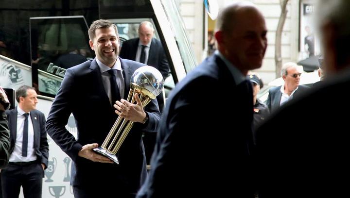 Comunidad y Ayuntamiento reciben al Real Madrid tras ganar la Copa del Rey
