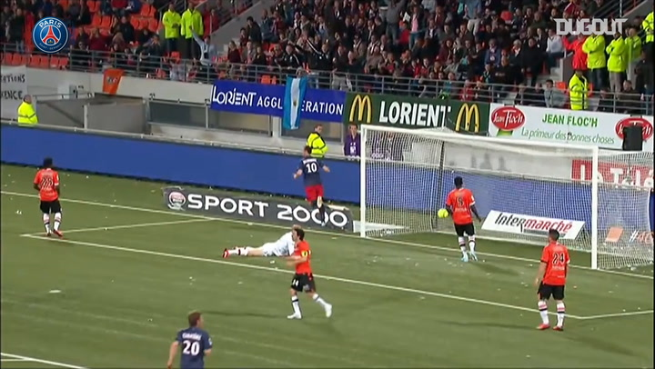 Zlatan Ibrahimovic scores with his chest against Lorient in 2013