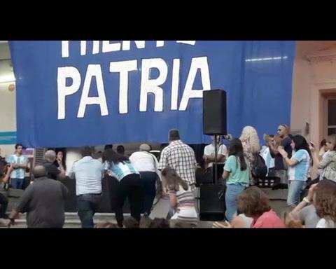 Carlotto: Hay un presente que está destruyendo al país