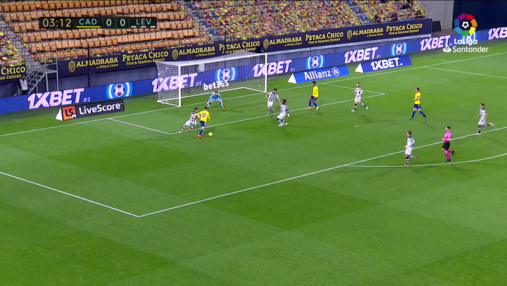 Gol de Perea (1-0) en el Cádiz 2-2 Levante