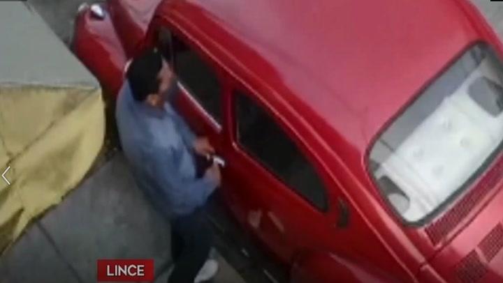 Lince: Sujeto roba un auto en tiempo récord y a plena luz del día