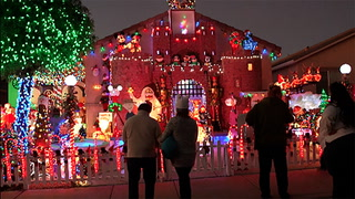20-foot Christmas castle lights up Henderson home