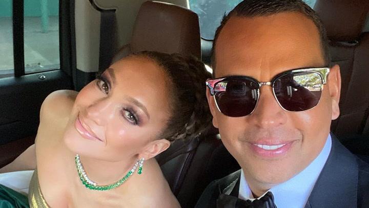 ¡Buscando a Alex Rodríguez! ¿Eres capaz de encontrarlo entre las bailarinas de Jennifer Lopez?