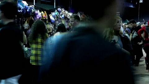 Miles de personas se reúnen en Montevideo en un evento para la