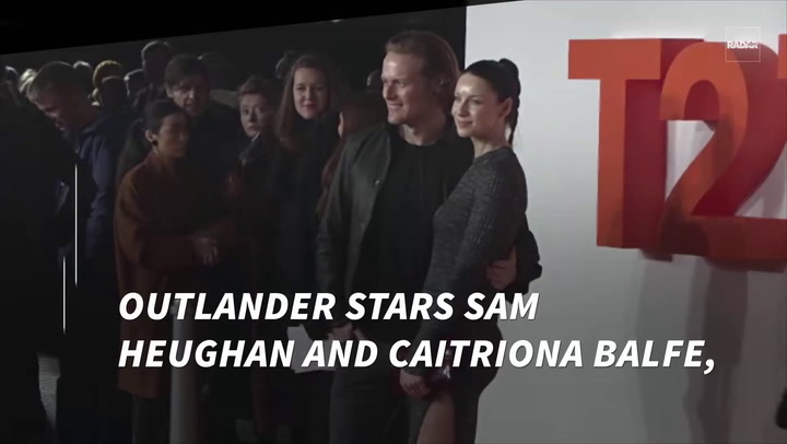 'Outlander' Stars Sam Heughan & Caitriona Balfe CAUGHT Looking Cozy In Cape  Town
