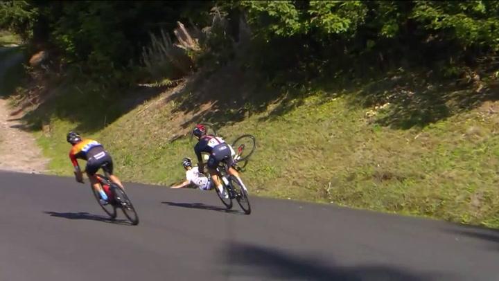 Caída en el Tour de Marc Hirschi, una de las revelaciones de la carrera