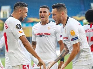 Sevilla despacha a la Roma con un gran partido de Lucas Ocampos y sueña con una nueva Europa League.