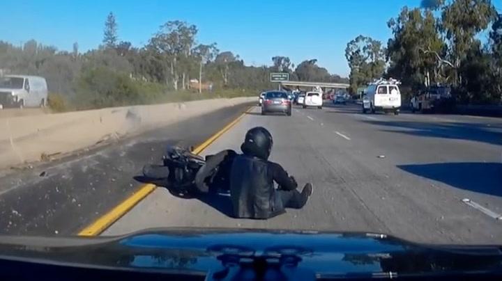 Her har motorsyklisten akkurat hatt griseflaks