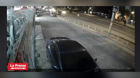 Sicarios matan a mujer que se conducía en una camioneta en Tegucigalpa