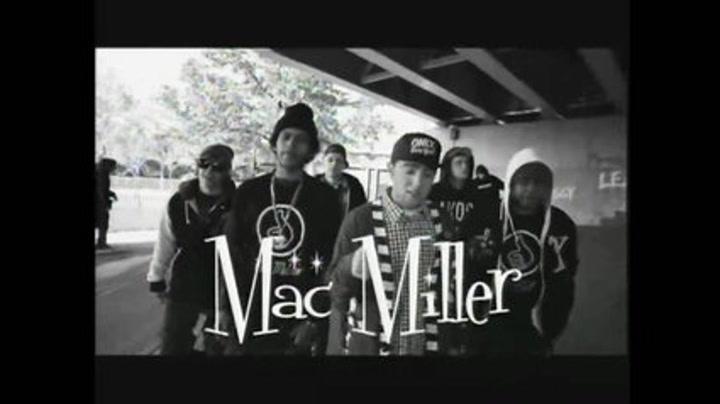 "Mac Miller ""Knock Knock"""