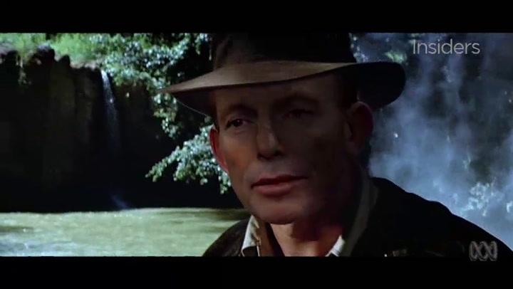 Oud-premier neemt als Indiana Jones afscheid
