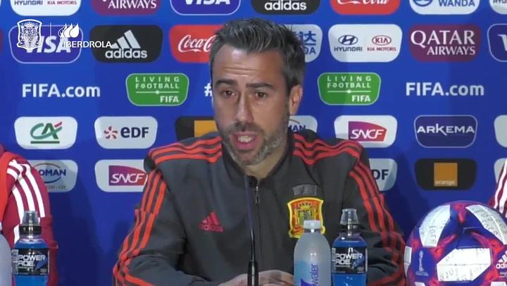 """Jorge Vilda: """"Me siento un privilegiado por entrenar a 23 jugadoras que se van a dejar la vida en el campo"""