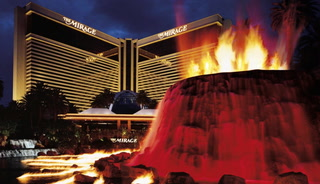 Mirage's iconic volcano expands hours on Las Vegas Strip – VIDEO