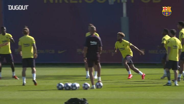 Siguen los preparativos del Barça para el partido ante el Nápoles