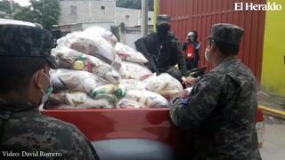 Autoridades entregan alimentos en colonia primero de Diciembre de la capital