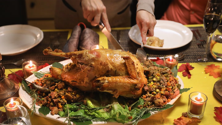 Why the turkey you eat at Thanksgiving isn't what makes you sleepy