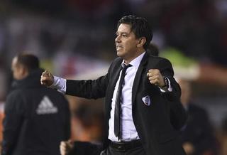 Marcelo Gallardo, entre lágrimas, festejó con sus jugadores la cuarta Libertadores de la historia de River