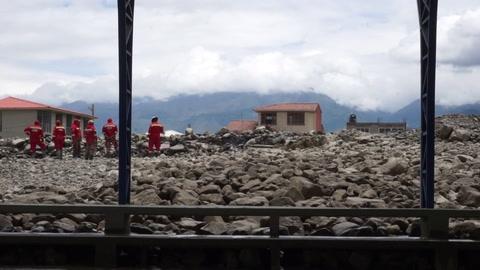 Desborde de un río inunda una población en Bolivia