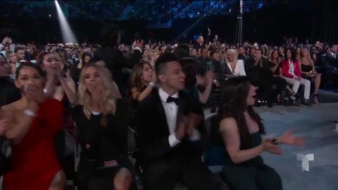 Así fue la felicitación de Karol G a su novio Anuel AA en los Latin Billboard 2019