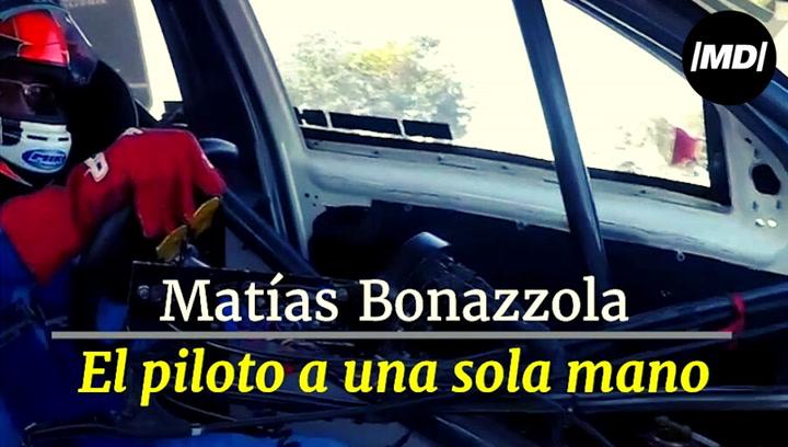 Matías Bonazzola, el piloto a una sola mano