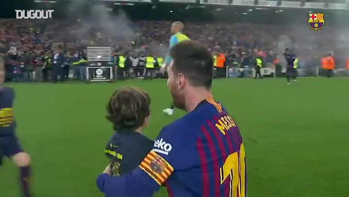Leo Messi Celebrates 10th La Liga Title