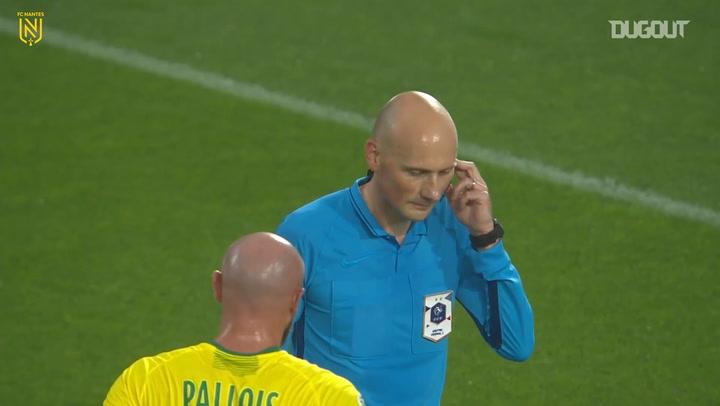 Alban Lafont denies Niang's penalty