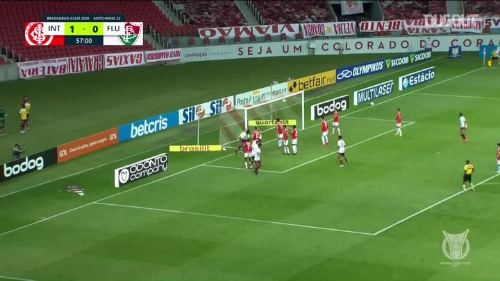 El gol olímpico de Lucca ante Internacional