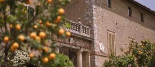 Gabriella + Simon | Monteriggioni, Italy | Borgo Stomennano