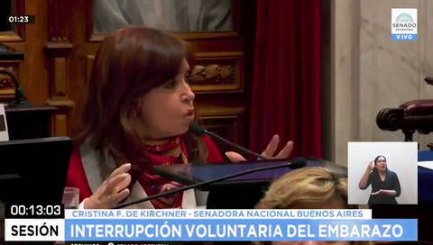 Cristina admitió que la movilización de miles de chicas cambió su opinión sobre el aborto