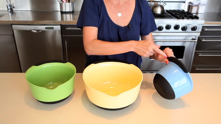 Preview image of OXO 3 Piece Mixing Bowl video