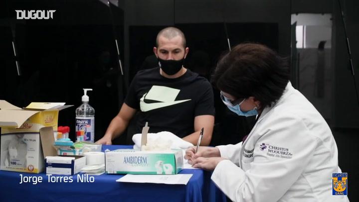 Los jugadores de Tigres donan plasma
