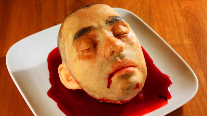 Dette er hodet til Katherines ektemann – i kakeform