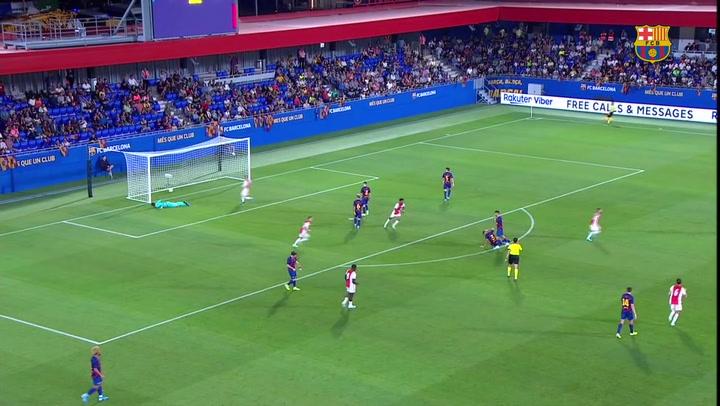 El Ajax de Unuvar se impone al Barça en el estreno del estadio Johan Cruyff