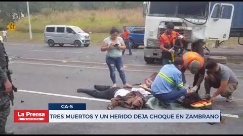 Matrimonio y un hijo fallecen en aparatoso accidente en carretera de Zambrano
