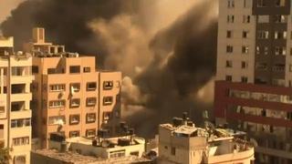 Ataque aéreo israelí destruye un edificio