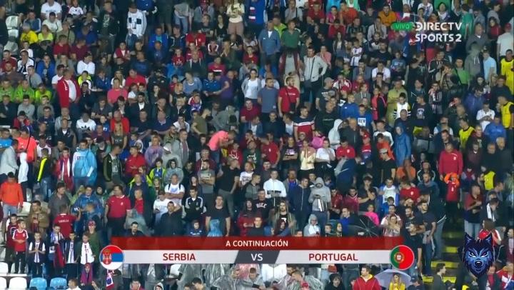 La Portugal de CR7 gana 2-4 a Serbia y respira