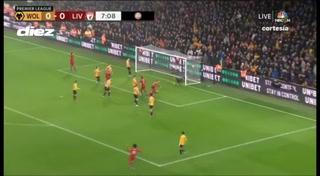 Golazo de Raúl Jiménez, pero Liverpool sigue imparable en la Premier Leage
