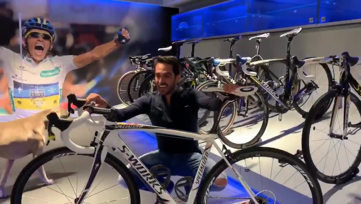 Contador subasta una bici muy querida para la campaña de Nadal y Gasol