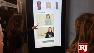 LG Smart Mirror helps you dress snazzy