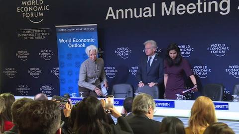 FMI recorta sus previsiones por la incertidumbre comercial