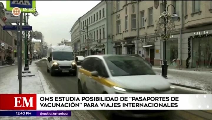 """OMS evalúa el eventual uso de certificados o """"pasaportes de vacunación"""" en viajes internacionales"""